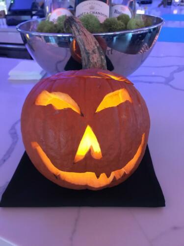 pumpking carving 2